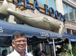 Boston-Legal-Sea-Foods-Jayamohan-New-England-Tours-Lunch