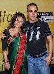 Vidya-Balan-Vidhu-Vinod-Chopra-silk-embroidered-saree-3-Idiots-premiere