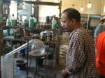 Chemist-Lab-Eison-Home-Factory-NJ-Tours-Gnaani